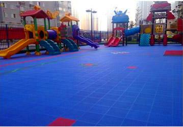 悬浮拼装地ban-幼儿园塑胶地ban