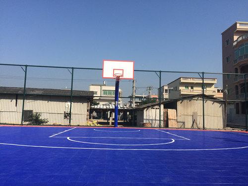 zhanjiang新农全民健shen场地悬浮地板篮球场