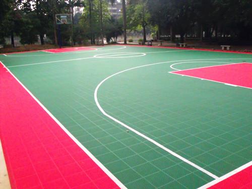 江高江高文化ti育gongyuan悬fu地板篮球场