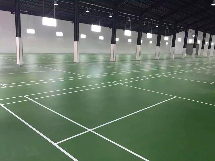 梧州12片硅PU羽毛球场