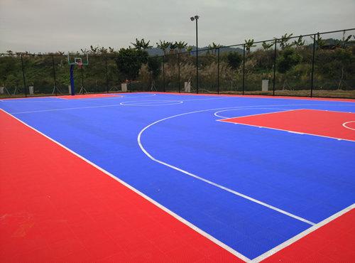 宝湾物liu悬浮地板篮球场